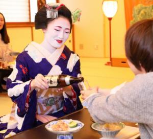 ☆新春スペシャル☆「古都」京都で過ごす新年【京料理と舞妓】=令和初の新年を贅沢に迎えましょう=